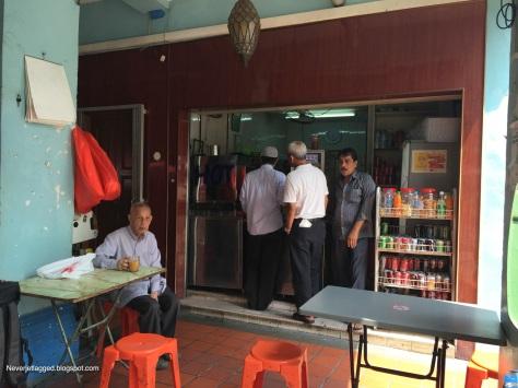 Teh Sarabat Stall at Baghdad Street_Breakfast
