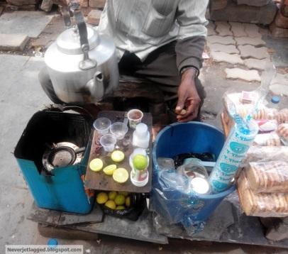 The Lebu Cha (Lemon Tea) Set Up on the Street