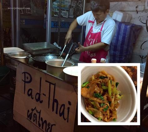 phad thai in bangkok